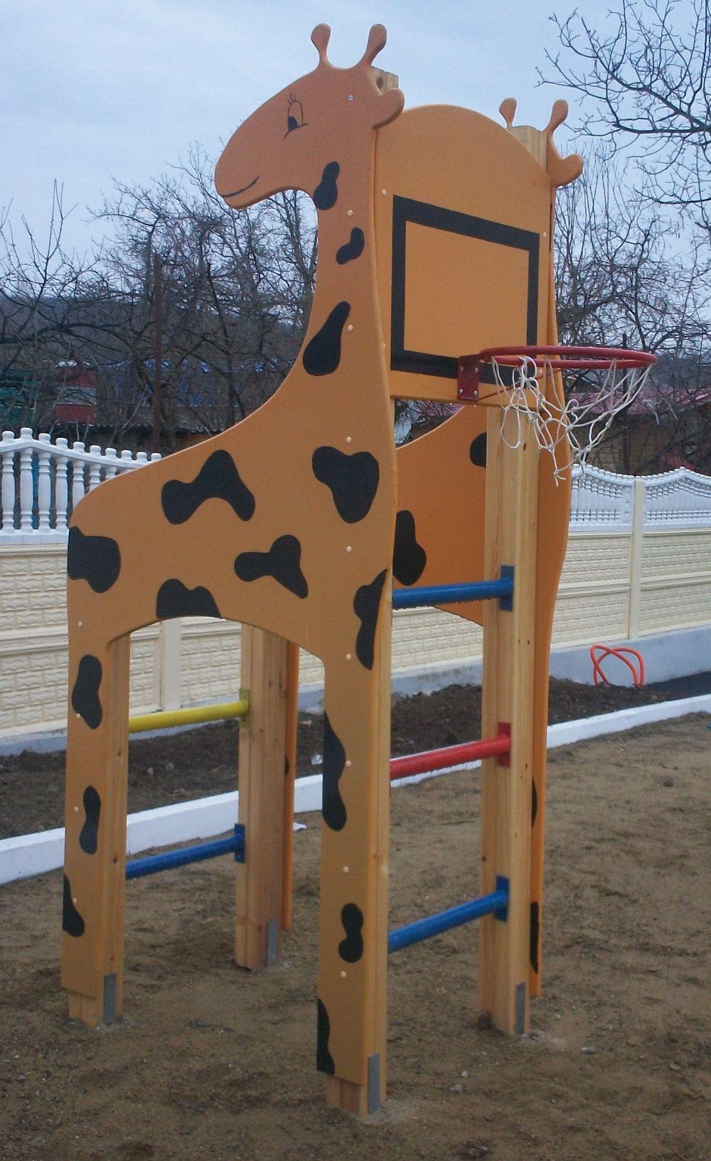 Жираф с баскетбольным кольцом своими руками